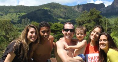 Acampamento da Serra da Mantiqueira propõe o reencontro entre amigos e familiares na páscoa